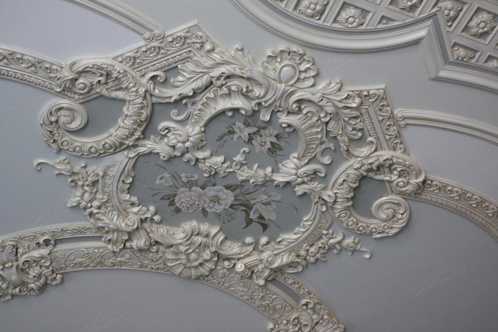Архитектурный лепной декор в интерьерах и экстерьерах