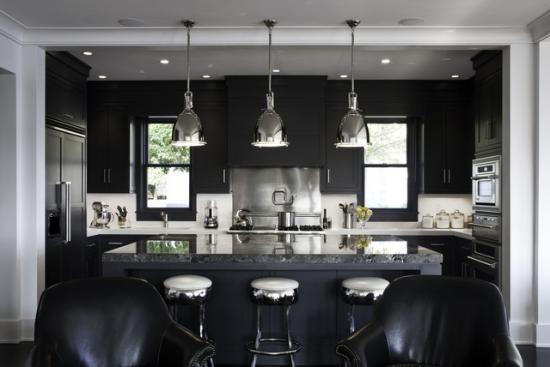 Черный цвет в дизайне интерьеров. Лучшие решения на фото.