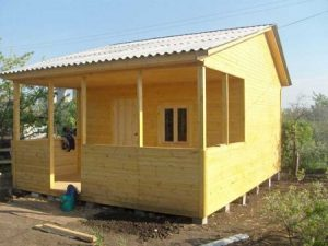 Дачный домик своими руками