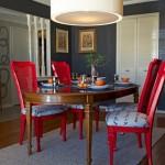 Для вашей столовой: Как сделать старые стулья новыми с помощью краски и чая?