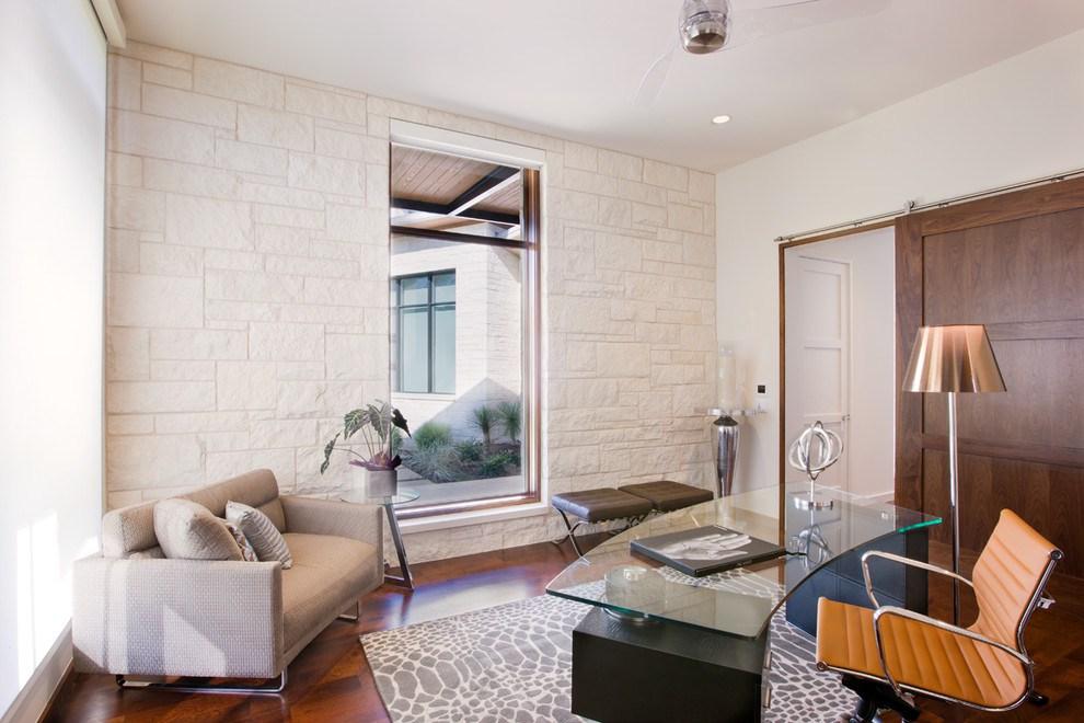 Его Величество — камин в интерьере квартиры