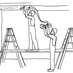 Как клеить обои на потолок: варианты и способы эффектной отделки