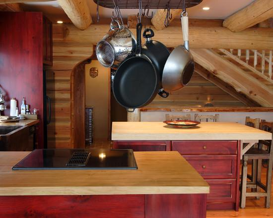 Кухня красного цвета
