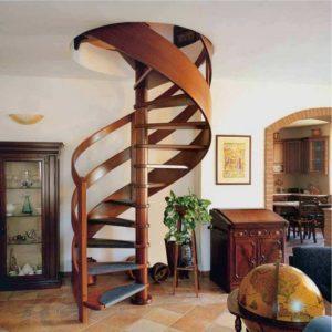 Лестница – бюджетный вариант для самых экономных