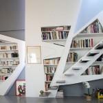 Лестницы в интерьере загородных и частных домов: 21 дизайнерская идея
