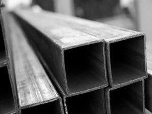 Назначение квадратных труб в строительной сфере