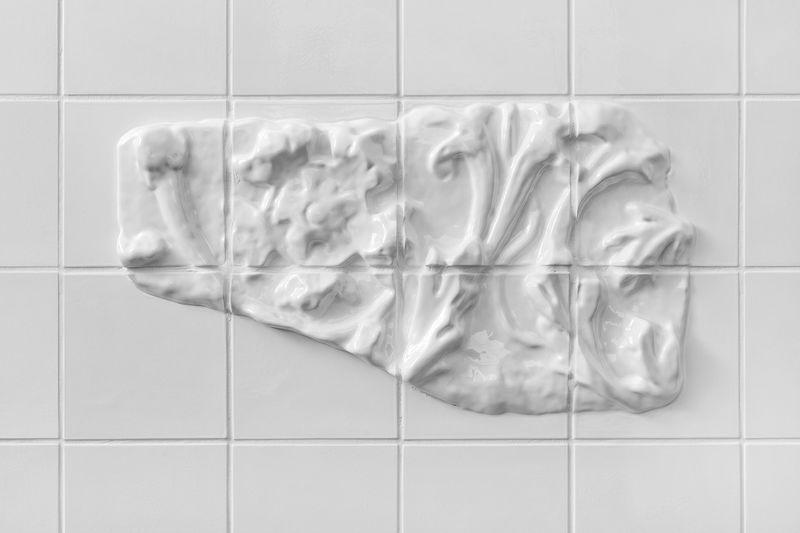 Оригинальная кафельная белая плитка