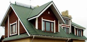 Отделка крыши загородного коттеджа с помощью металлочерепицы