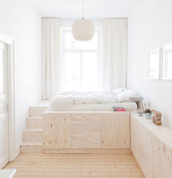 Подиум в квартире — как это бывает