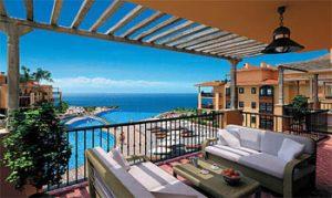Покупка недвижимости на берегу моря