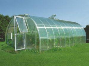 Сотовый поликарбонат – идеальный материал для создания теплиц