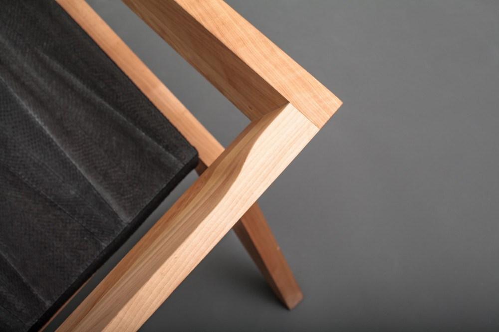 В стиле авангардного минимализма: кресло 2R от студии Сиен