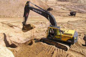 Выполнение строительных работ с использованием речного песка