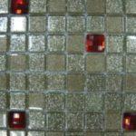 Стеклянная мозаичная плитка